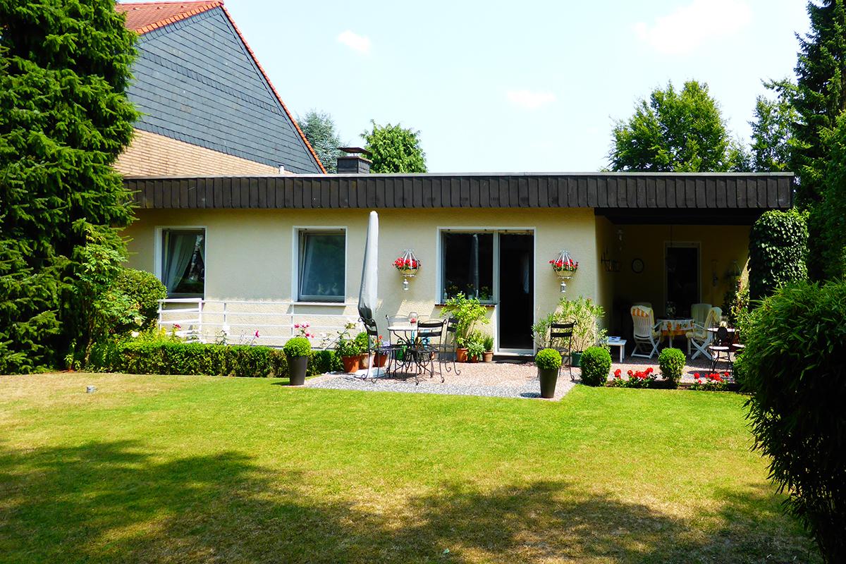 bungalow mit 150 m wohnfl che in solingen verkauft. Black Bedroom Furniture Sets. Home Design Ideas