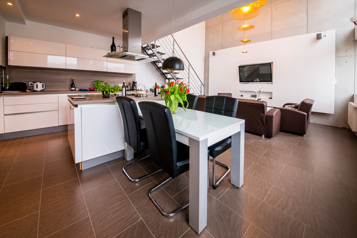 loft wohnung mit 97 m wohnfl che im binnerpark verkauft. Black Bedroom Furniture Sets. Home Design Ideas