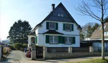 Schönes Einfamilienhaus mit großem Garten in Traumlage von Solingen-Gräfrath!
