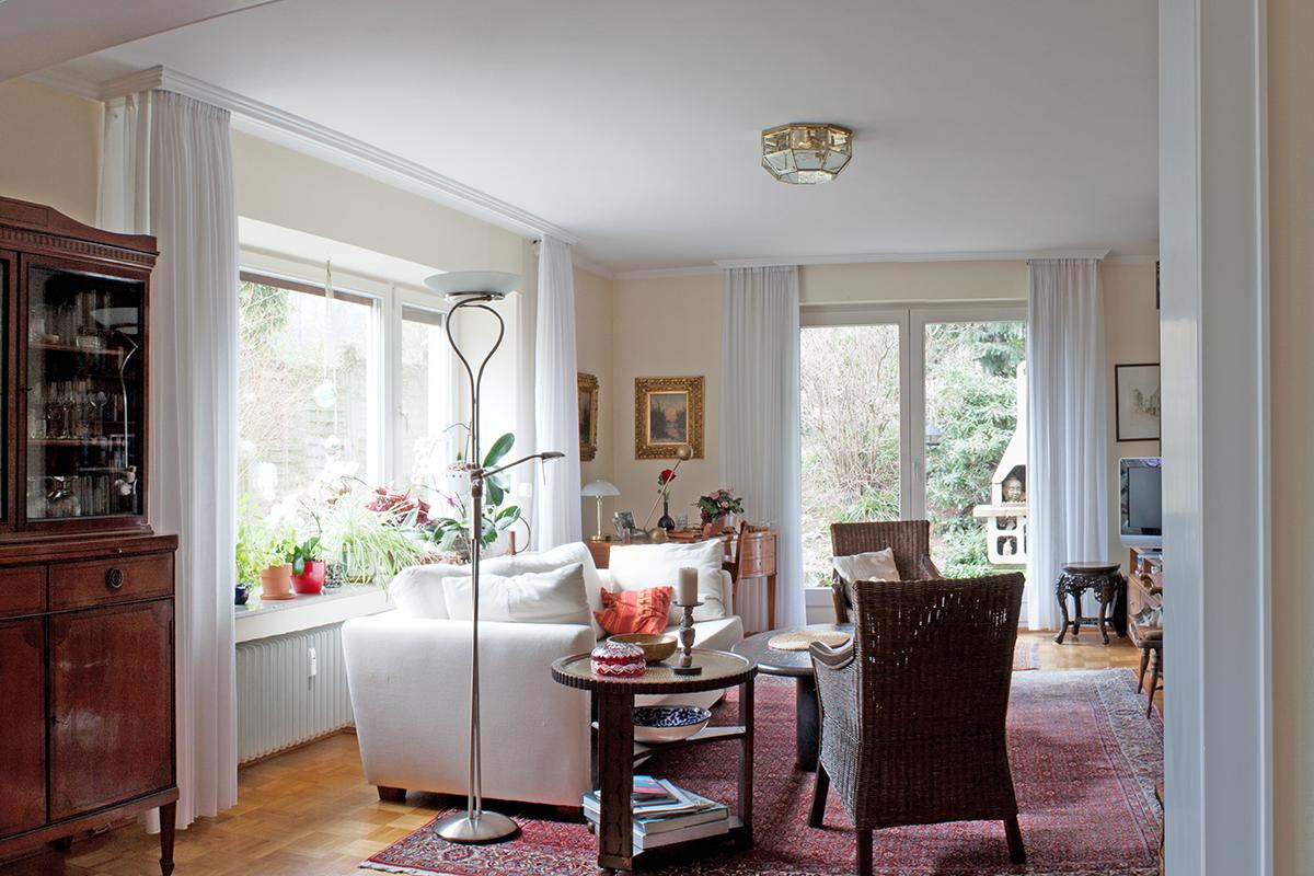 einfamilienhaus mit 220 m wohnfl che in solingen gr frath. Black Bedroom Furniture Sets. Home Design Ideas