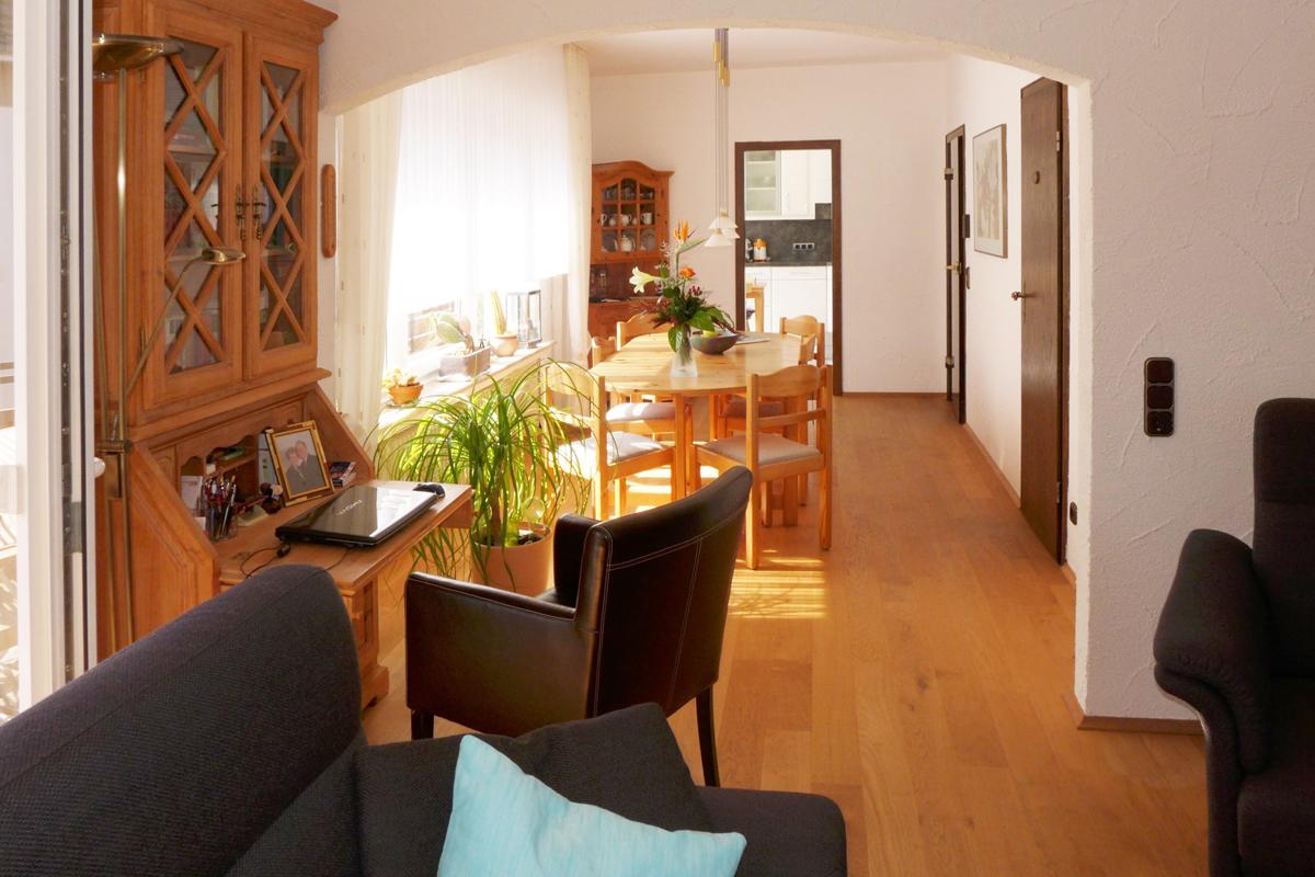 maisonettewohnung mit 114 m wohnfl che in remscheid. Black Bedroom Furniture Sets. Home Design Ideas