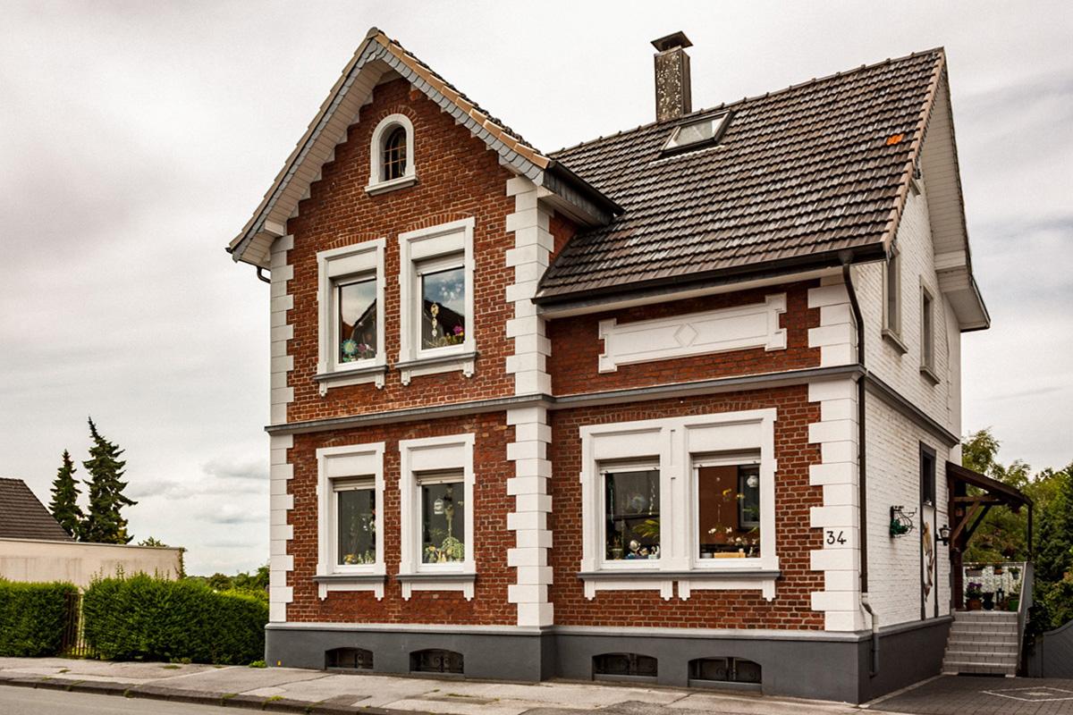 Die VALOGIS Immobilien AG, Immobilienmakler aus Solingen, meldet den Verkauf eines Einfamilienhauses in Solingen-Wald