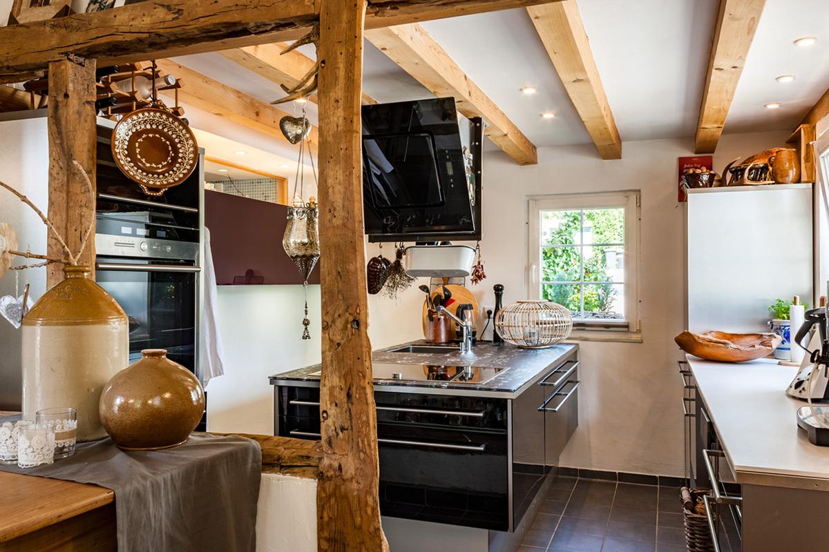 """So fotografieren Sie ihre Immobilie richtig: Hier finden Sie einen Beitrag der VALOGIS Immobilien AG, Immobilienmakler Solingen, zum Thema """"Immobilien-Fotos für den Hausverkauf selber machen"""""""